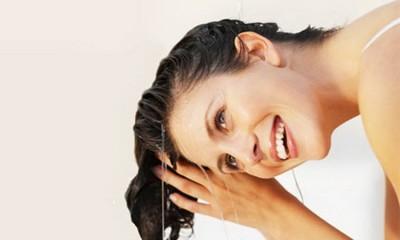Ngăn rụng tóc bằng chanh hiệu quả tại nhà