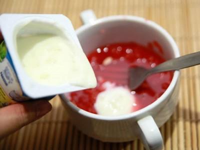 Công thức làm mặt nạ dưa hấu và sữa chua dành cho da khô