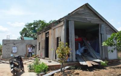 Ea Súp, tỉnh Đắk Lắk thất thủ vì lốc xoáy