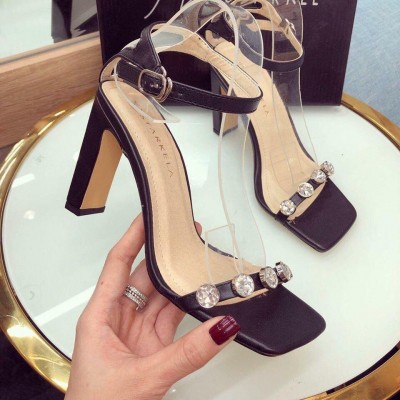 Giày xăng quai ngang kim loại